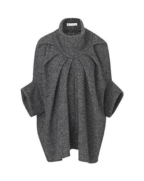 uldjakke i grå af Johanne Rubinstein.