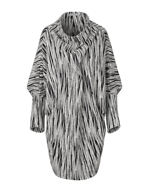 Striped dress in black and white by Johanne Rubinstein