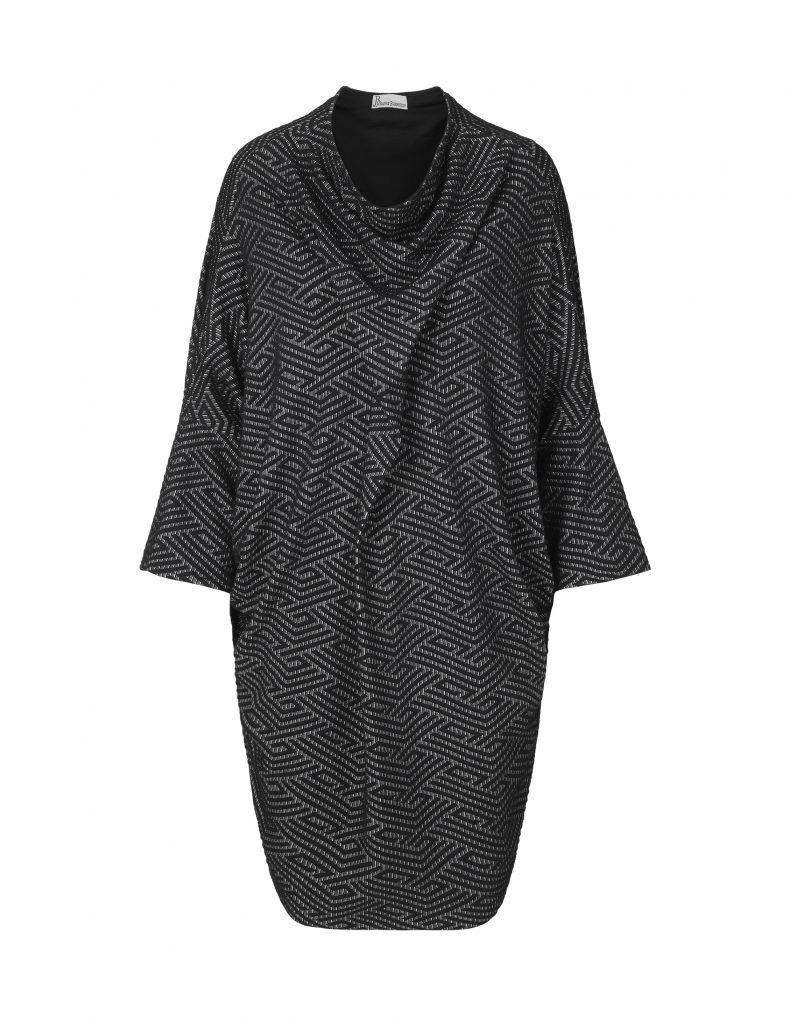 Zig Zag dress in black and white by Johanne Rubinstein