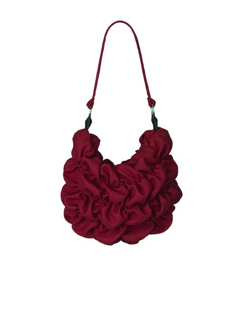 lille rød stof taske af Johanne Rubinstein